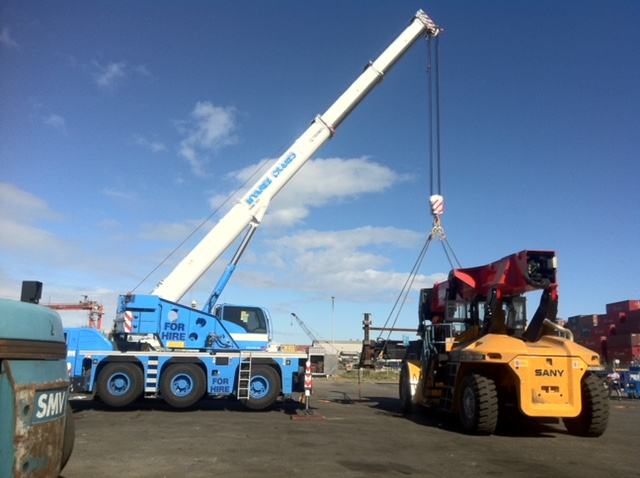 55T lifting headframe for container fork